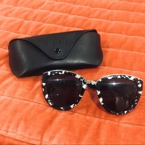 DIFF Eyewear ROSE Sunglasses, Black and White